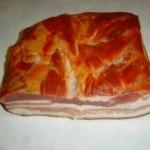 Более 9 тонн мясопродуктов везли до Луцка среди бетонных пеноблоков